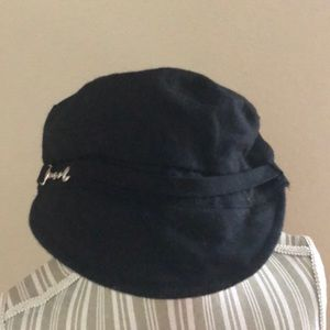 August Hats Accessories - August Cute Black Winter Hat 70fc12aba26